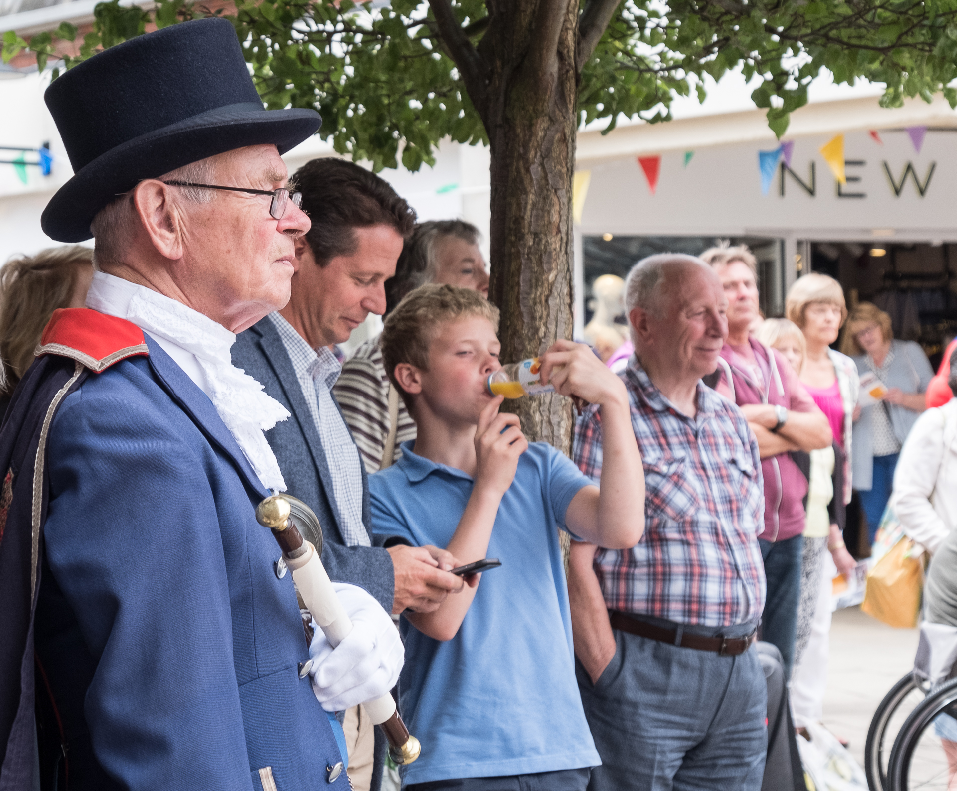 Sat 30th June at 12 noon ArtsFest Launch in St Andrews Square